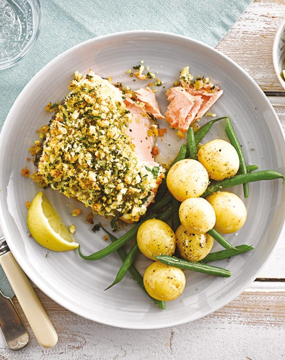 Baked Fish Fillets with Herby Crumb Topping